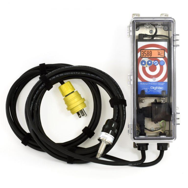 Weatherproof vacuum gauge